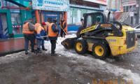 Чистка, погрузка и вывоз снега и льда по улице Оборонная, 19 февраля 2020г.