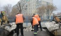 Чистка, погрузка и вывоз снега, льда и смёта по улице Советская, 20 февраля 2020г.